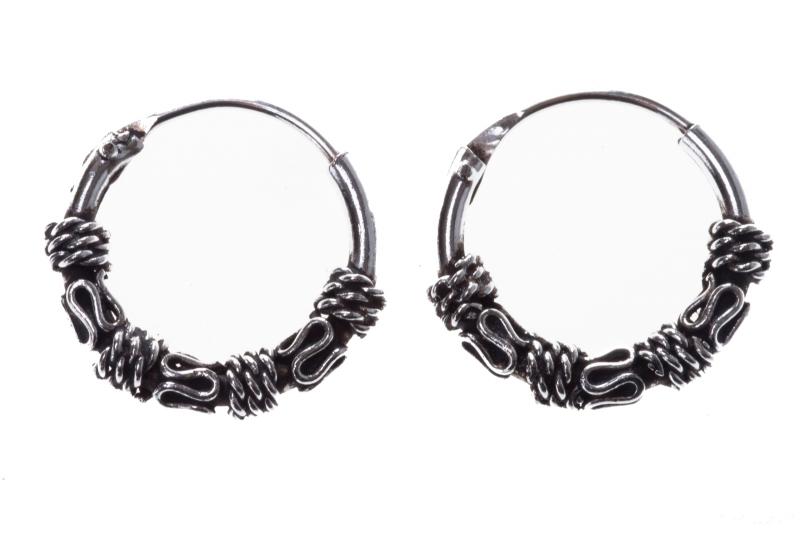 Amika - small hoop earrings (earrings in silver)